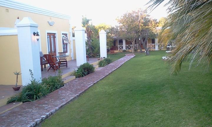 Saxe-Coburg Lodge - Pool suite