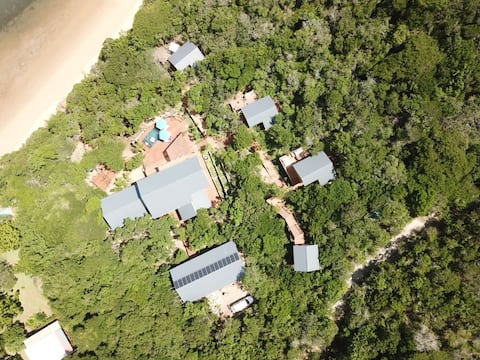 Balistidae Lodge, Nhoxani. Santa Maria's top villa