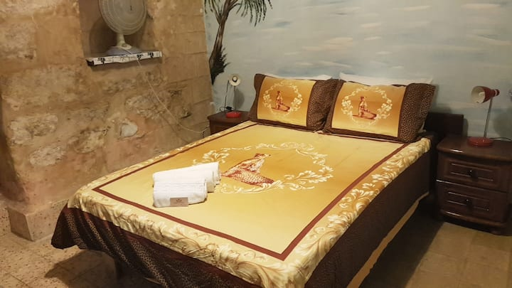 Spend your night in Nazareth
