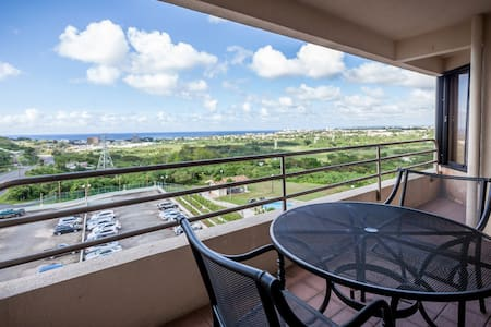 Luxury Oceanview Condo - Sinajana - Kondominium