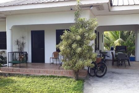 RIVERSIDE TRANSIENT HOUSE/Balingasay, Bolinao