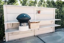 Fire up the grill to make some steak, burgers and hot dogs the Fuego grill, designed by Robert Brunner (former chief of design at Apple and designer of Beats by Dr. Dre headphones)