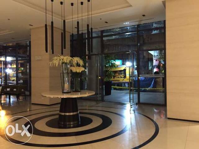 Condo at Greenbelt Hamilton - Makati - Apartment