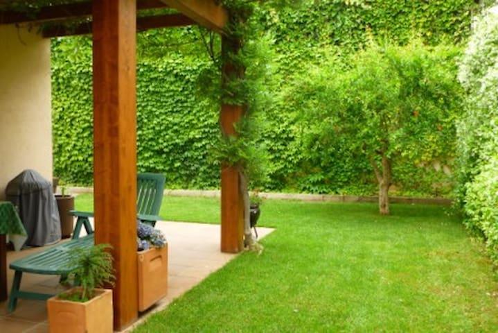 Habitació doble en plena naturaleza - Santa Maria de Palautordera - Rumah