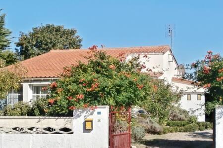 Superbe maison près de la mer - Barzan