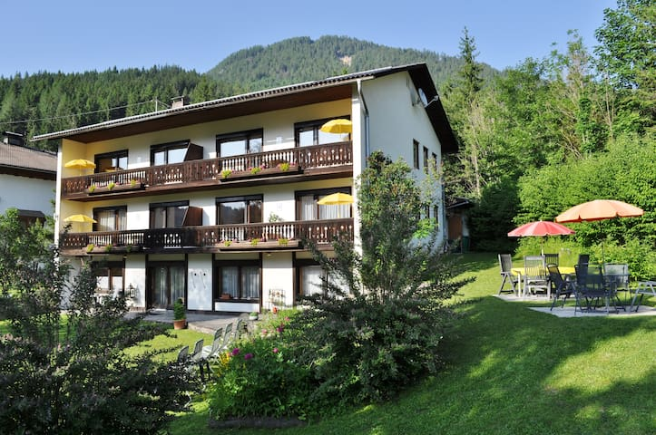 Pension Weissbriach - Deluxe Appartement / Balkon