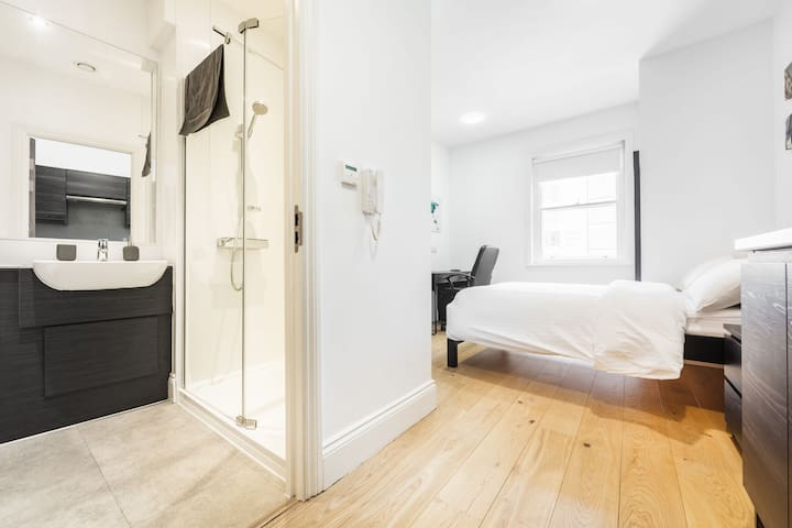 City Centre Apartment in Listed Building - Apt 33 Belle Grove - The Bruce Building