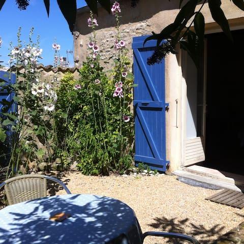 Maisonnette charmante et calme - Esnandes - Talo