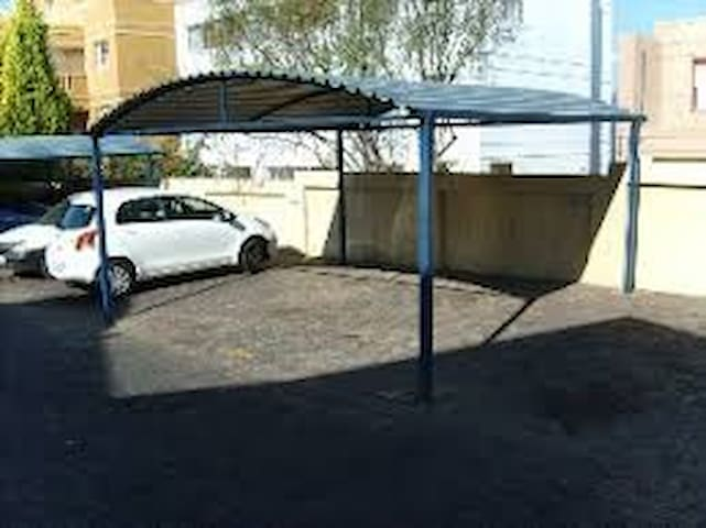 Situated between Boulders centre & Mall of Africa