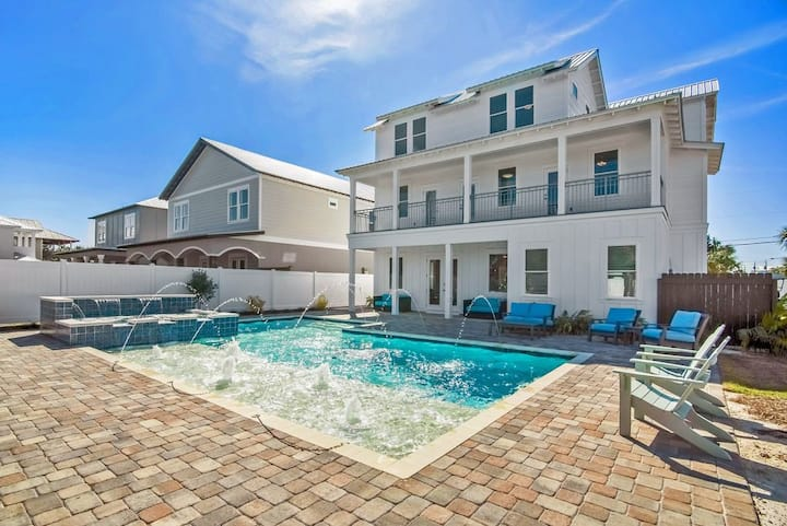 DESTIN OASIS | LARGE HEATED POOL | FREE GOLF CART
