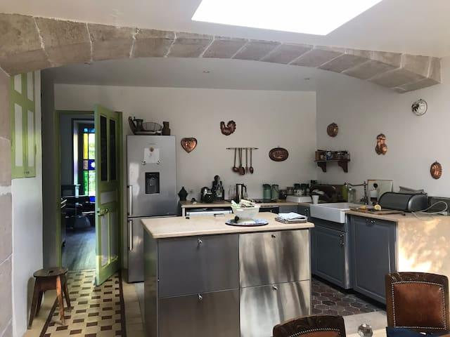 Maison de campagne dans le village de Clamecy