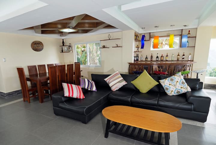 Private House in Tagaytay