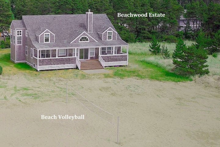 OCEAN FRONT Beach House_Hot Tub_Pet-Friendly_Game Room_Volleyball_SPECIALS