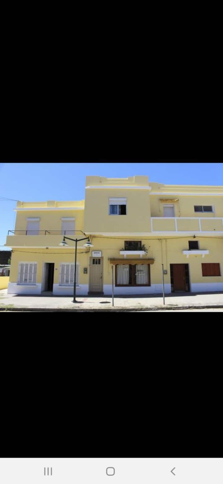 Alojamiento El paso Piria, playa ,cerros y rambla!