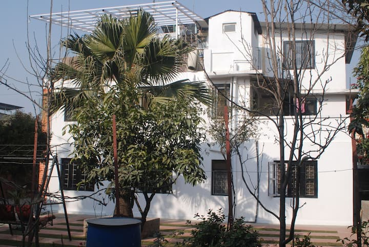 Jhamsikhel Studio apartment in Jhamsikhel