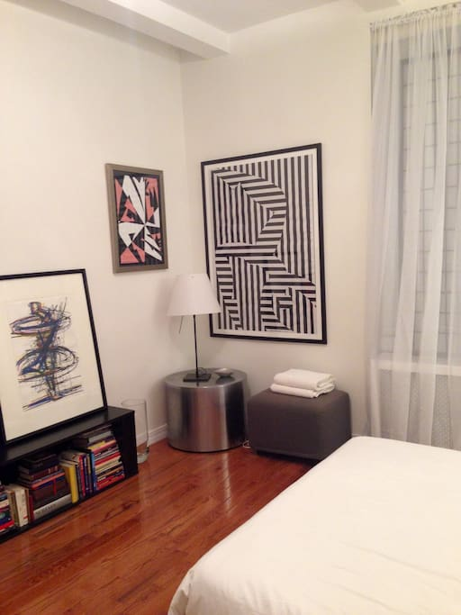 Contemporary Art and furnishings in your beautiful room.