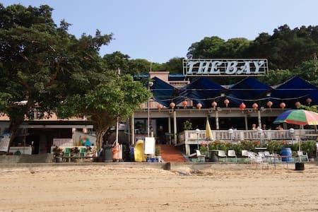模達灣帶露台海景房.