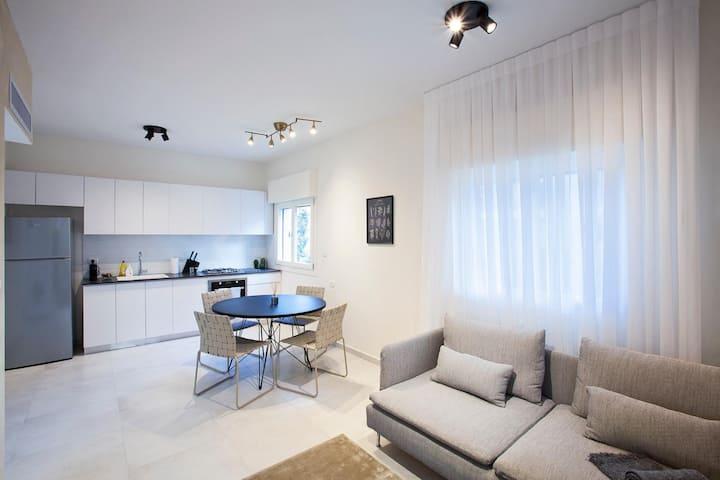 Jurny | Tel Aviv | Touchless 1 Bedroom