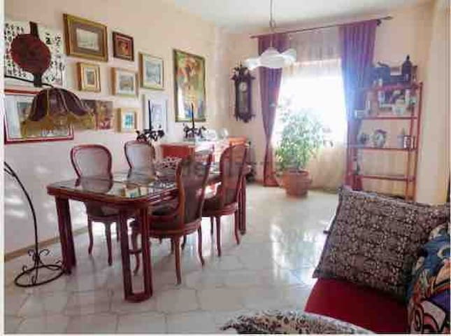 Comfortable, primary  home, 12 km from Taormina!