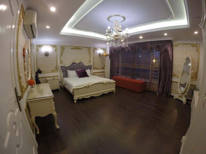 Giang's homestay - Spacious modern room