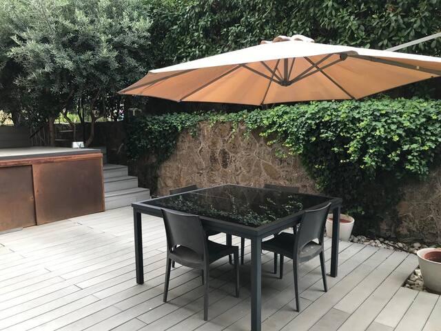 Delizioso bilocale con giardino privato TU-CASA
