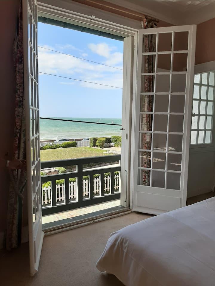 Villa avec vue mer à 50 m de la plage