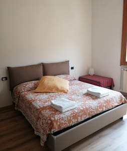 """italian Masai home"" room near Pistoia centre"