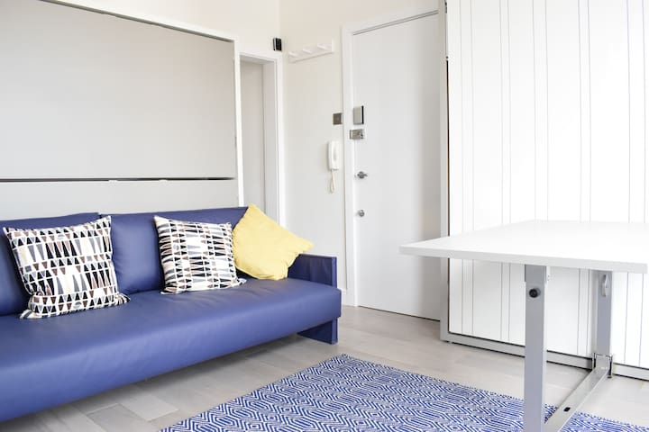 Modern Studio max 25 mins from Central London
