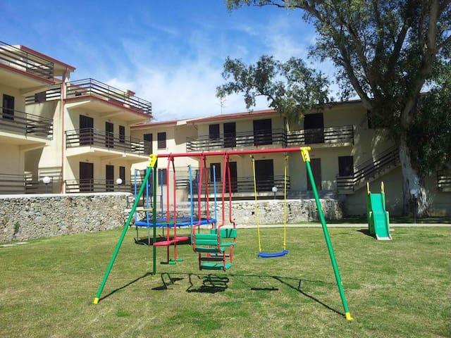 Appartamento in casa vacanze rif.9 - Sant'Ilario dello Ionio - Pis