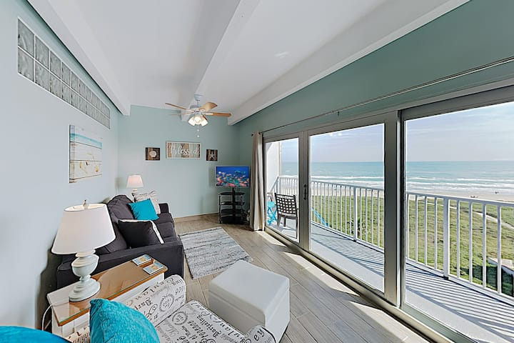 Updated Shorefront Condo w/ Pool - Walk to Waves!