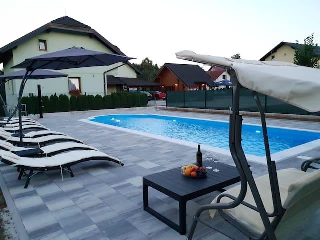 Villa Čančar Apartment with pool