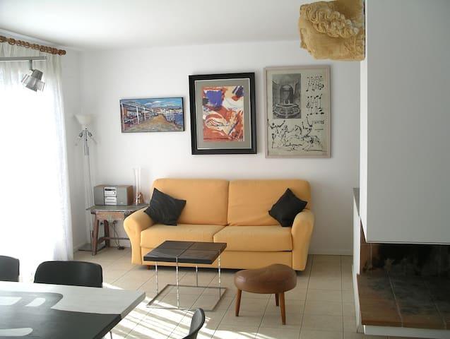 Apartamento 4 pax, planta baja, zona tranquila
