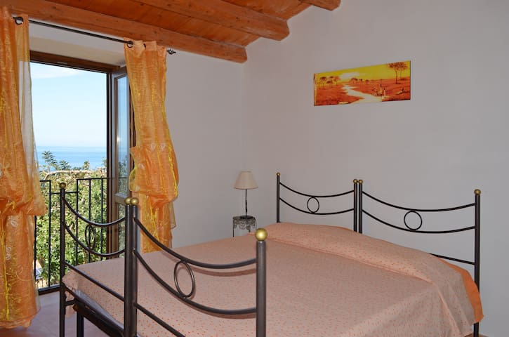 Gelso, panoramic apartment - Cefalù - Apartment