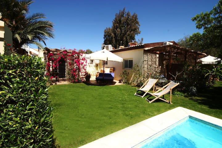 Seahorse Apt-Lagoon Villa with wifi & Jacuzzi pool - Qesm Saint Katrin - Apartament