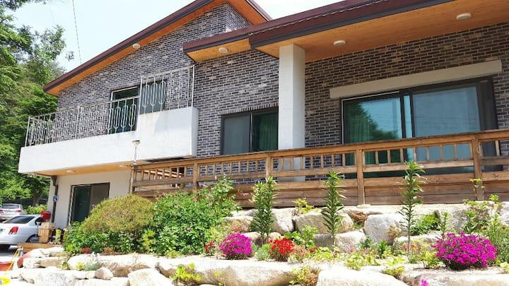 유천하우스 2 Youcheon house 2, 17년 10월 신축, 집앞 계곡과 평상 무료
