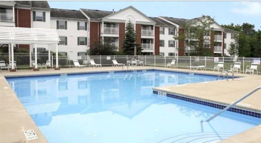 RNC 2 bedroom 2 bath apt - North Royalton - Apartamento