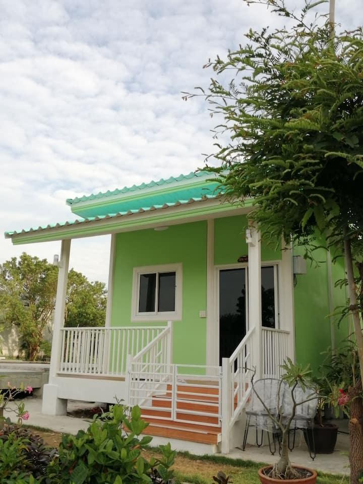Ban Ing  Suan Homestay-Morakot Cottage