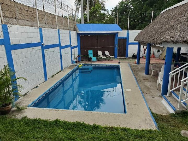 Renta de casa completa en Puerto Arista, chiapas