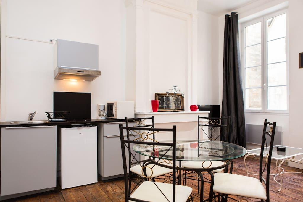 Appartement bordeaux saint pierre appartements louer for Appartement louer bordeaux