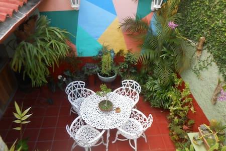 Hostal Los Cactus, Habitacion Doble - Santa Clara - Casa
