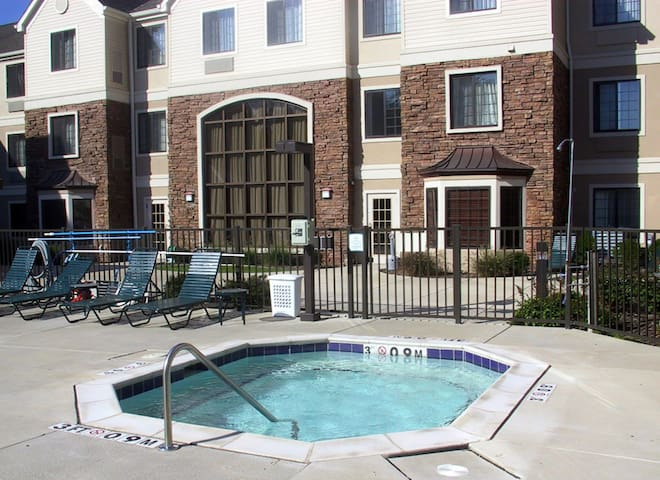 Seasonal Outdoor Pool + Hot Tub + Free Breakfast | Suite Near Airport!