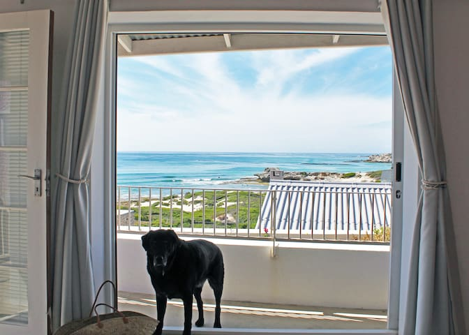 The Palace - Sea View Arniston