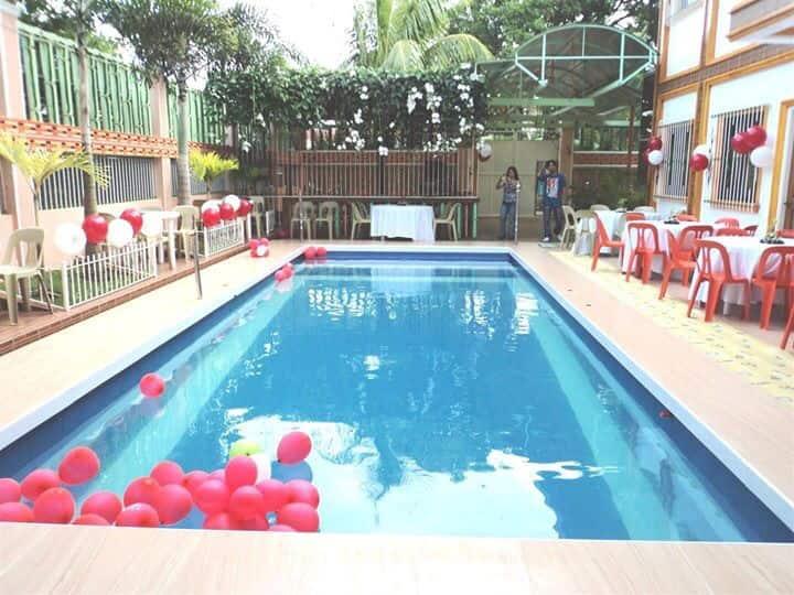 Private Resort Rentals - Laguna