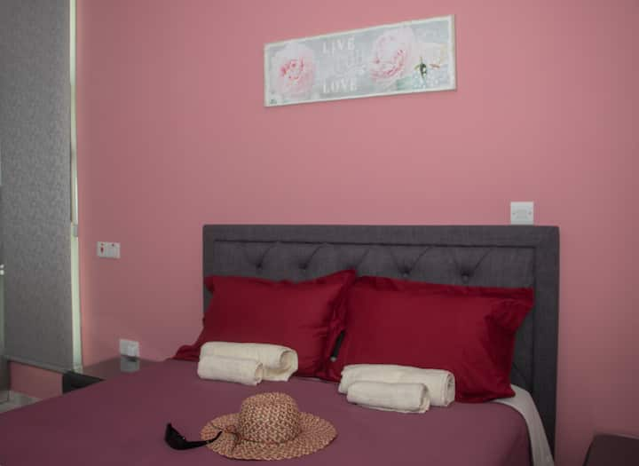 Agia Marina Chrysochous luxury studio no1
