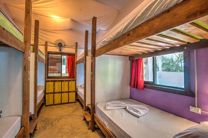 Playa 506 - Hostel Resort on the Beach