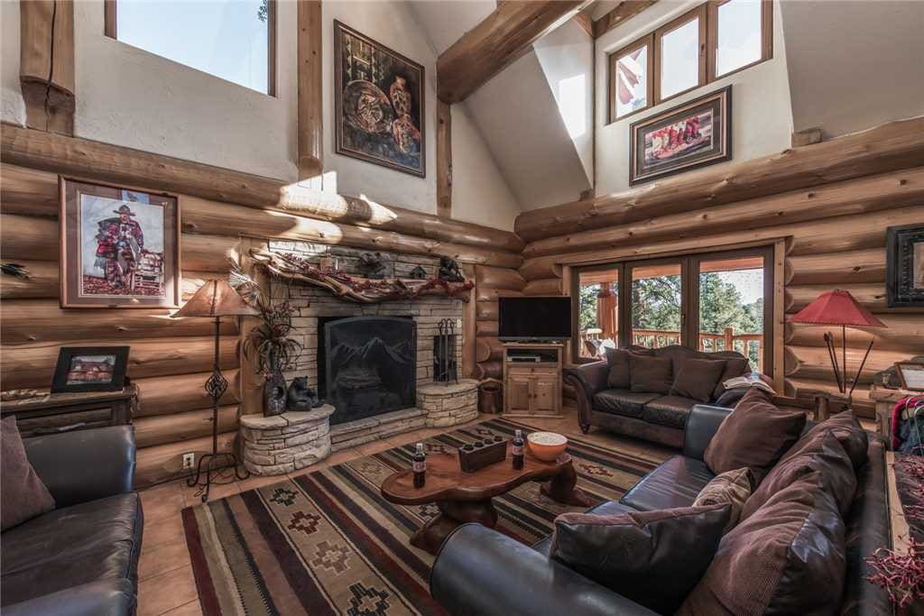 Comfortable Elegance - Sink into the comfortable, beautiful couches and chairs. It's a great place to light a fire and catch up with your guests.