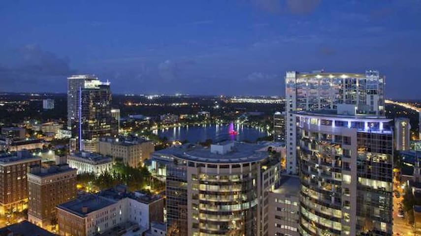 MILLION $ VIEW PENTHOUSE SKY-RISE LOFT! APRIL= $69 - Orlando - Loft