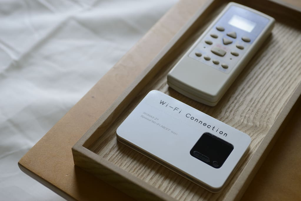 I provide 2 pocket wifi. You can easily take a pocket Wi-Fi with you during your stay. Please recharge WiFi while on the go.