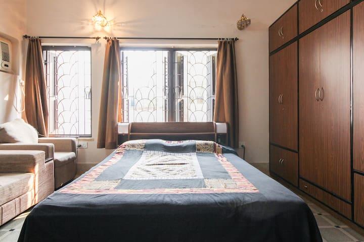 Premium Apartment in South Kolkata