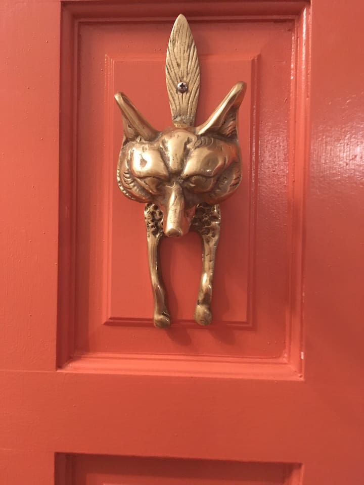 Front door knocker is one I fell in love w/ on a recent  trip to England